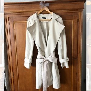 Lightweight Trench Coat w/ Removable Waist Tie